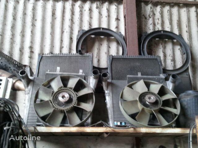 охлаждане на двигателя радиатора RENAULT за влекач RENAULT MAGNUM