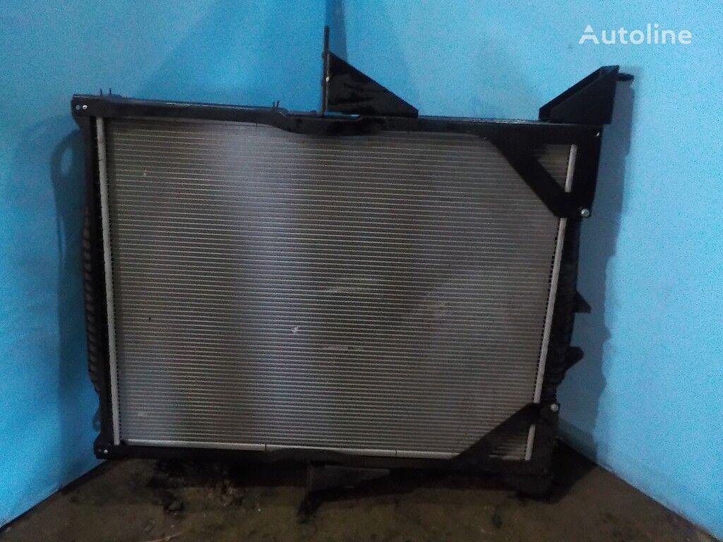 охлаждане на двигателя радиатора VOLVO NISSENS за камион VOLVO