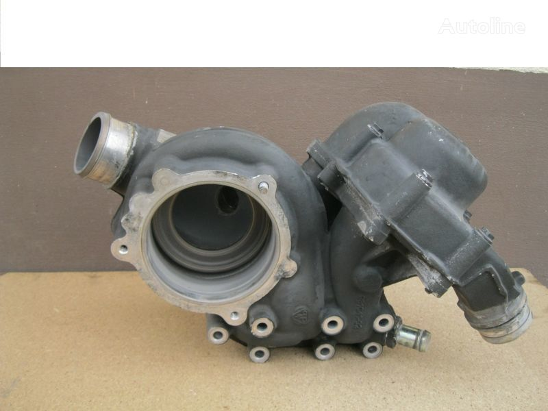 охлаждане помпа за двигателя DAF WODY - OBUDOWA за влекач DAF XF 105