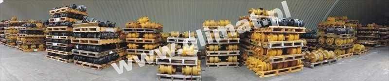 нов опорен валяк HANOMAG за строителна техника HANOMAG D600