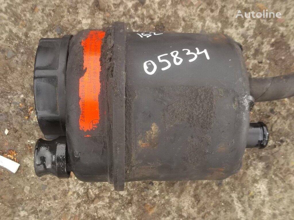 помпа на хидроусилвателя  Бачок ГУРа за камион DAF
