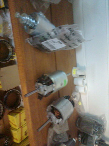нов радиатор за парно  bosch Мотор печки 0130111130 за влекач MERCEDES-BENZ ACTROS
