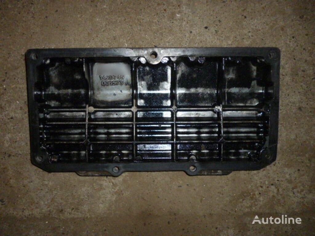 резервни части  Крышка рокерного вала Scania за камион