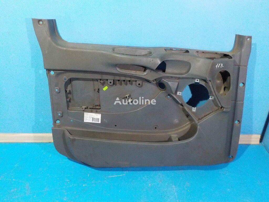 резервни части  Обшивка двери LH Mercedes Benz за камион
