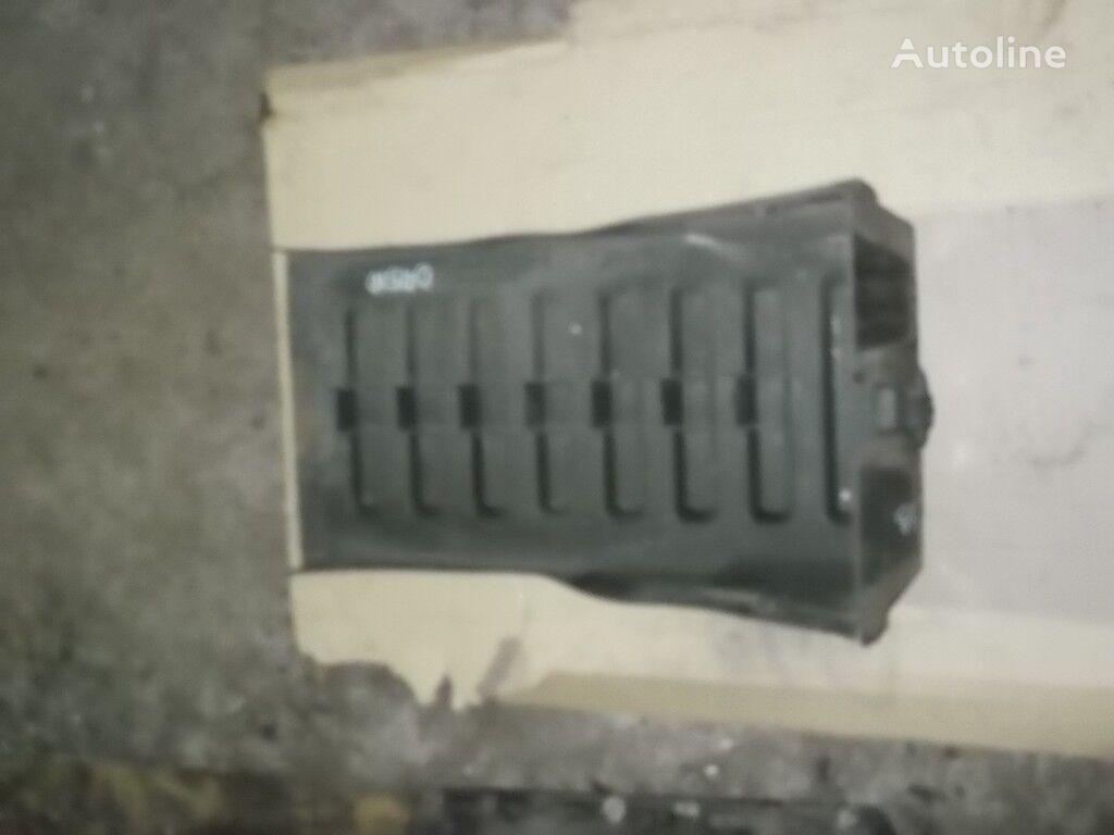 резервни части  Крышка аккумулятора Renault за камион