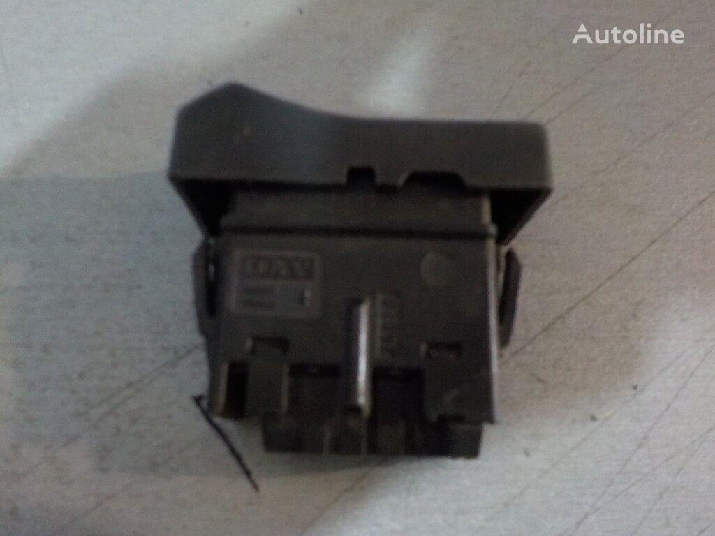 резервни части  Кнопка многофункциональная Renault за камион