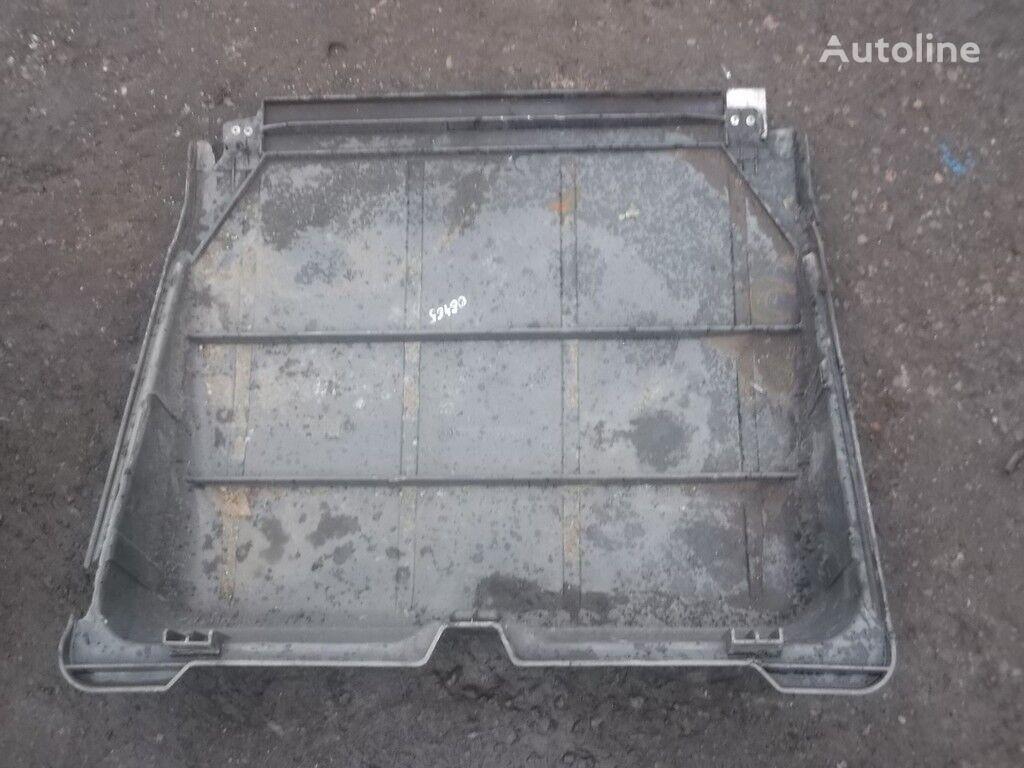 резервни части  Крышка АКБ Mercedes Benz за камион