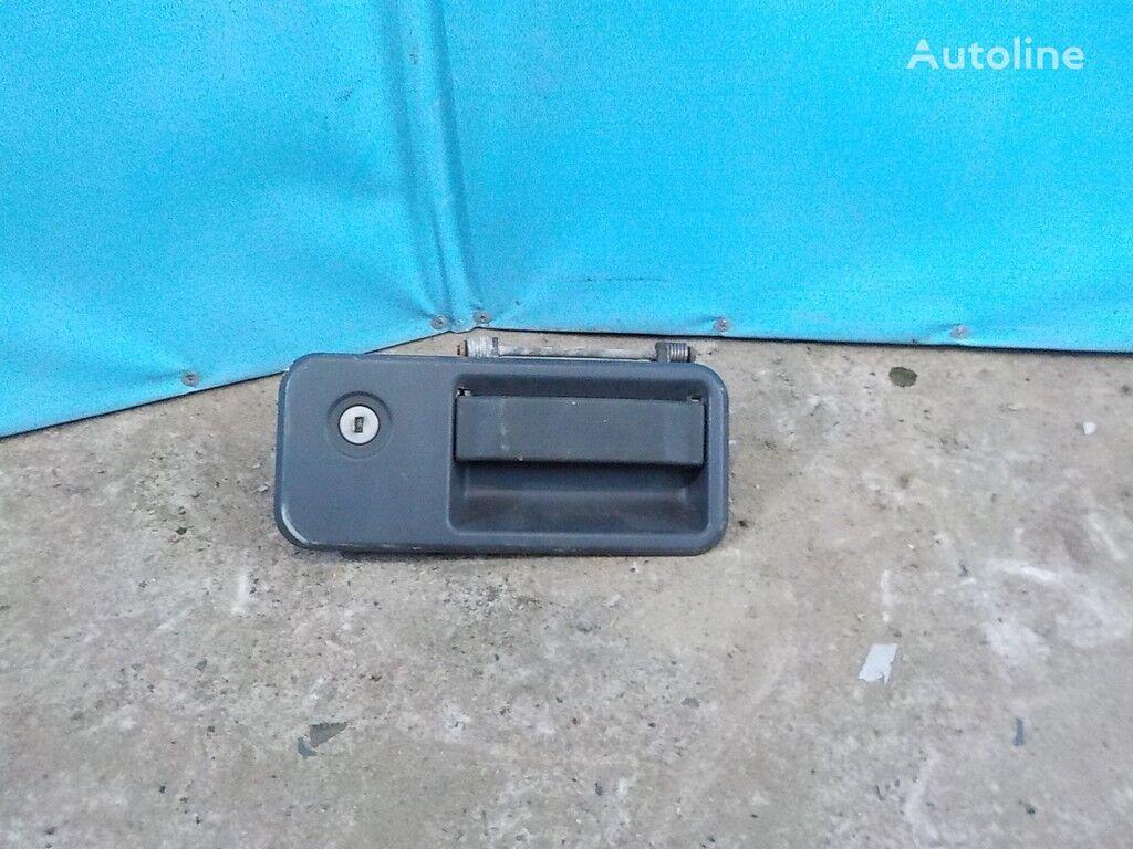 резервни части  Ручка двери LH Volvo за камион
