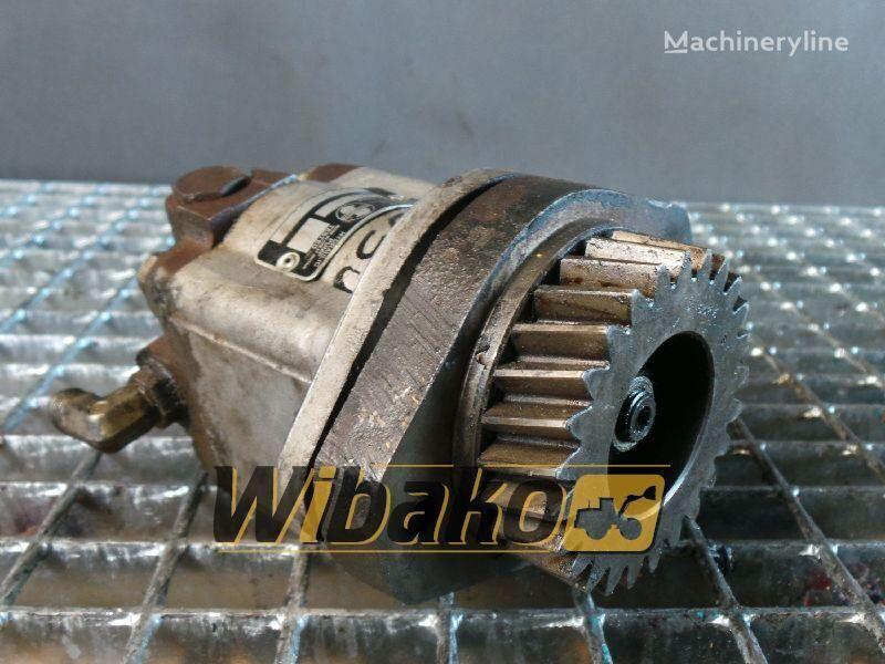 резервни части  Gear pump Sundstrank A15L18303 за багер A15L18303