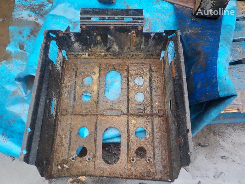 резервни части Аккумуляторный ящик  DAF за камион DAF
