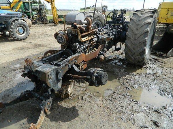 резервни части б/у запчасти / used spare parts DEUTZ-FAHR за трактор DEUTZ-FAHR AGROTRON 130