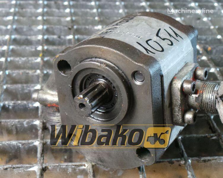 резервни части Gear pump Bosch 0510515008 за багер 0510515008