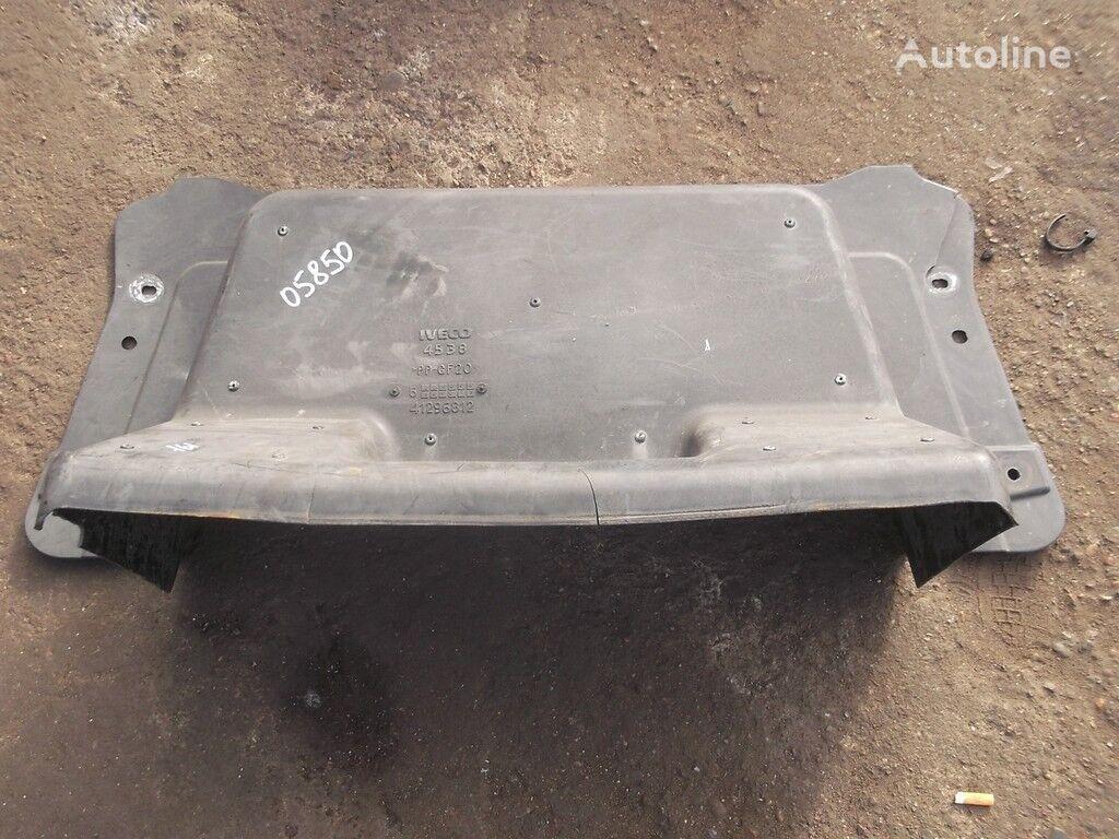 резервни части  Iveco Кожух защитный двигателя за камион IVECO