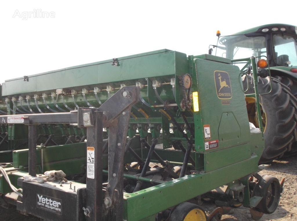 нова резервни части  Приспособление для высева мелких семян за сеялка JOHN DEERE