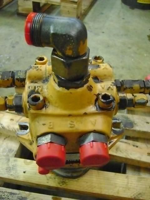 резервни части  Swing Motor за багер LIEBHERR 902