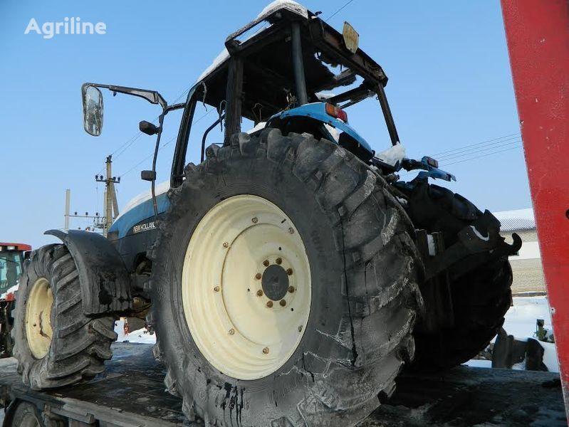 резервни части  б/у запчасти / used spare parts за трактор NEW HOLLAND 8360