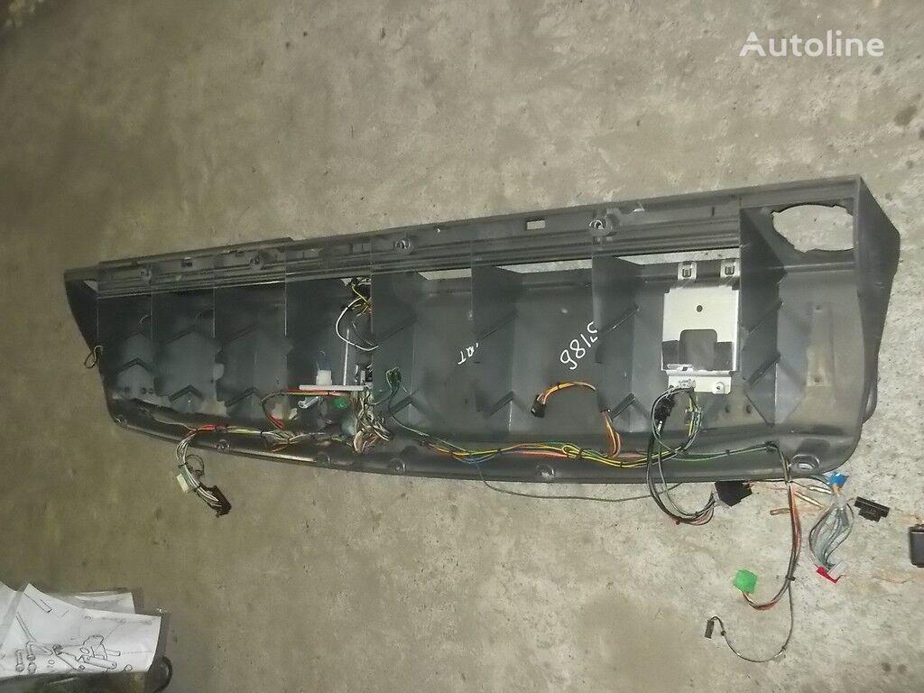 резервни части Полка над лобовым окном  SCANIA за камион SCANIA