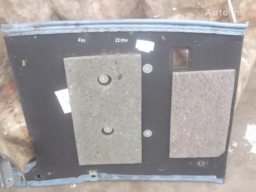 резервни части  Боковая панель за камион VOLVO