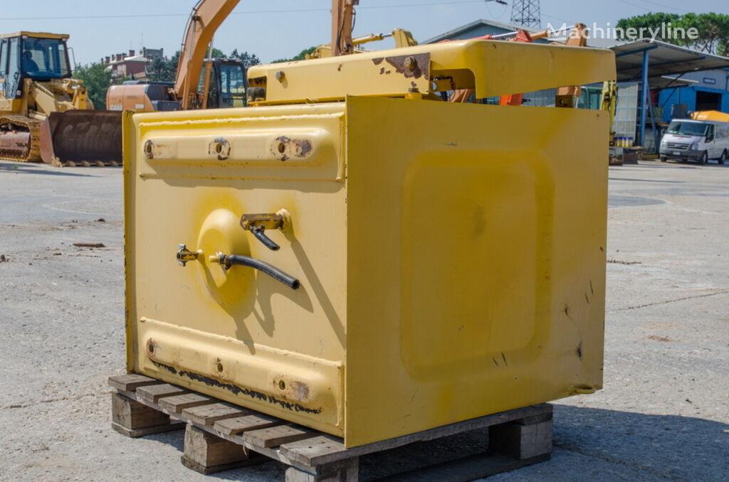 резервоар за гориво KOMATSU за багер KOMATSU PC240LC-6