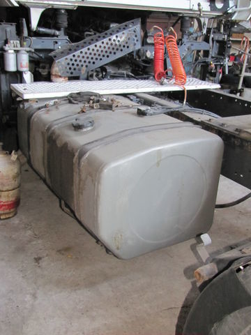 резервоар за гориво RENAULT за влекач RENAULT MAGNUM