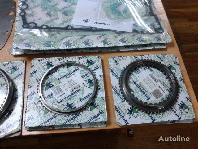 нова скоростна кутия ZF Рем.к-т половинок 16S181 1312304027 1312304056 1310304202 129730 за влекач MAN F2000 , TGA