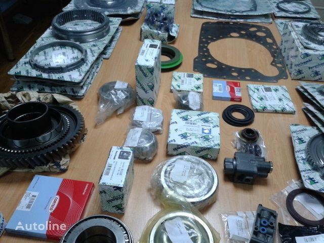 нова скоростна кутия ZF Ролик КПП 0501209188 0501209212 16S181  16S221 за влекач MAN F2000 , TGA