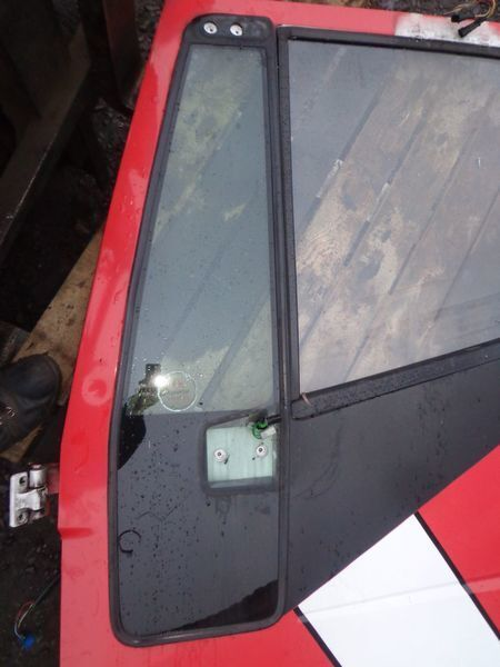 стъкло  неподъемное за камион IVECO Stralis