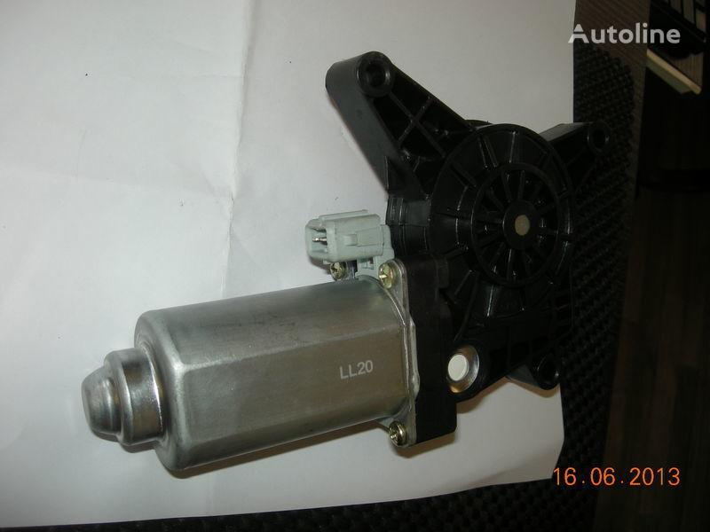 нов стъклоповдигач MERCEDES-BENZ двигатель стеклоподъемника ACTROS 0008202808 0008204908 за влекач MERCEDES-BENZ