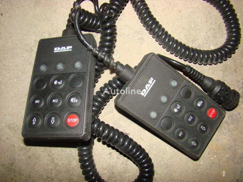 табло с уреди DAF remote control ECAS 1337230; 4460561290, 1657854, 1659760, за влекач DAF 105XF