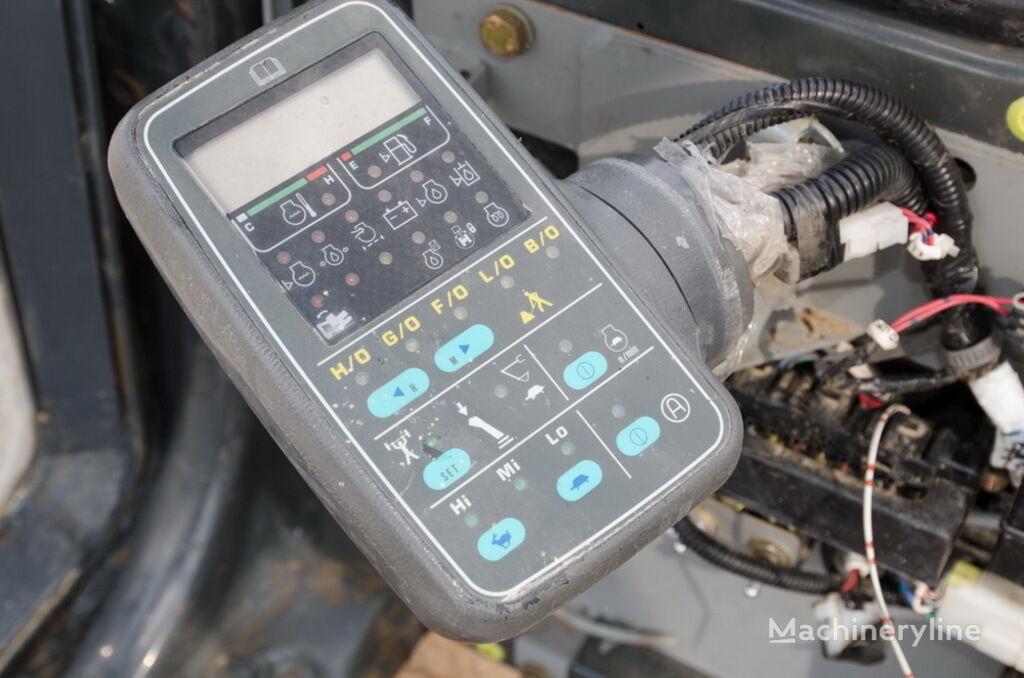 табло с уреди KOMATSU за багер KOMATSU PC240LC-6