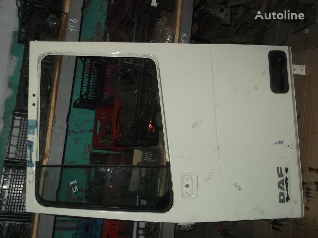 врата  передняя левая DAF за камион