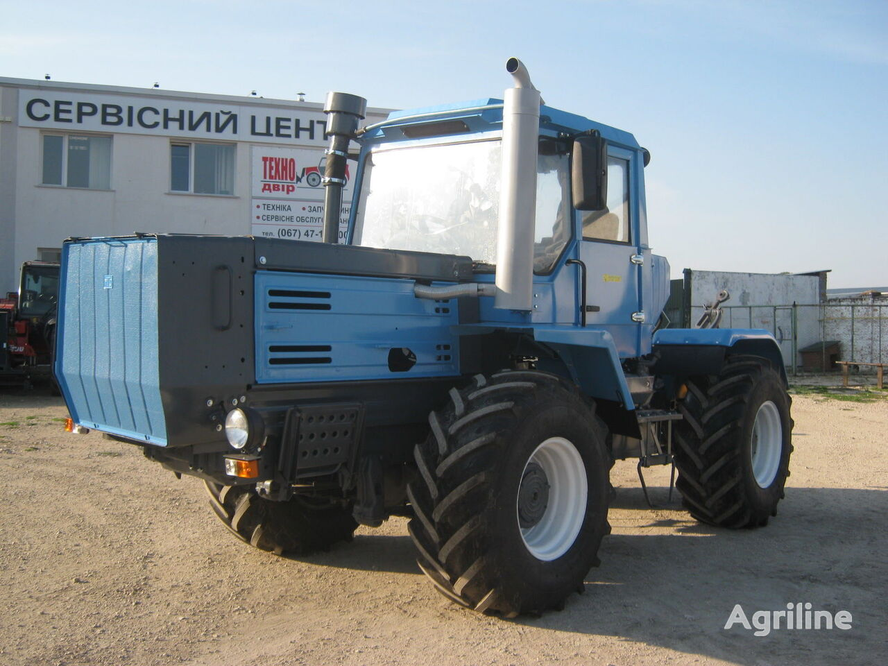 колесен трактор ХТЗ Т-150 ВІДНОВЛЕНИЙ