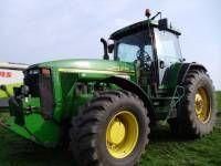 колесен трактор JOHN DEERE 8410