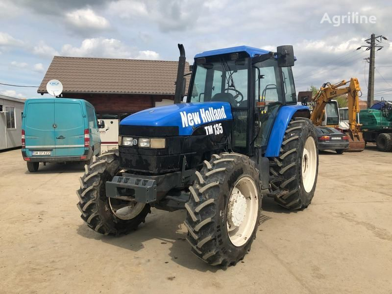 колесен трактор NEW HOLLAND M135