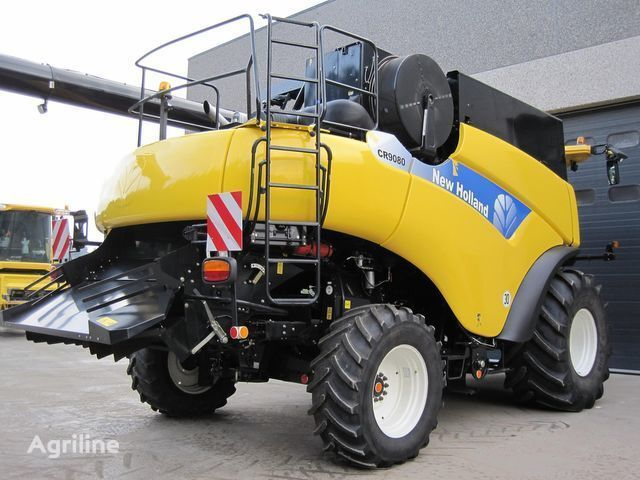 нов комбайн NEW HOLLAND CR 9080