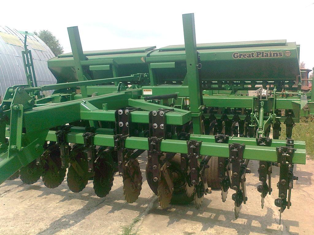 механична сеялка GREAT PLAINS CPH - 1500 4,5 м зерновая  с внесением сухих минеральных удобрен