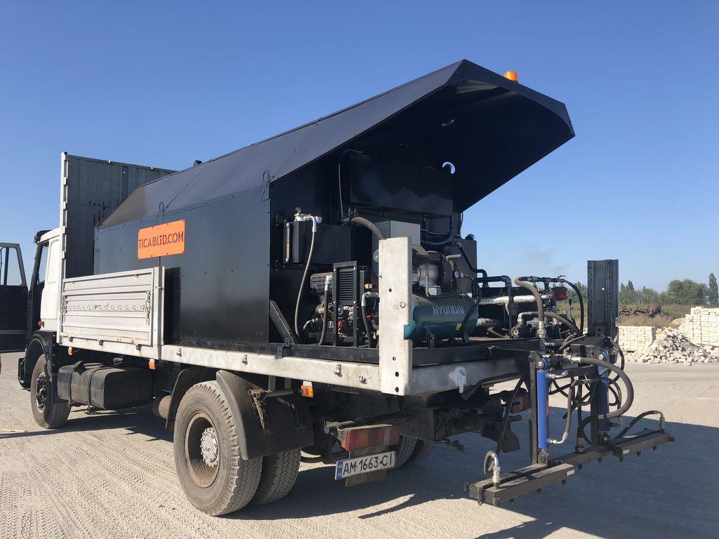 нов автогудронатор Bitumen distributor BS-7000
