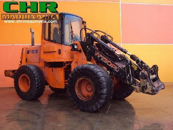 челен товарач FIAT-HITACHI W130PL