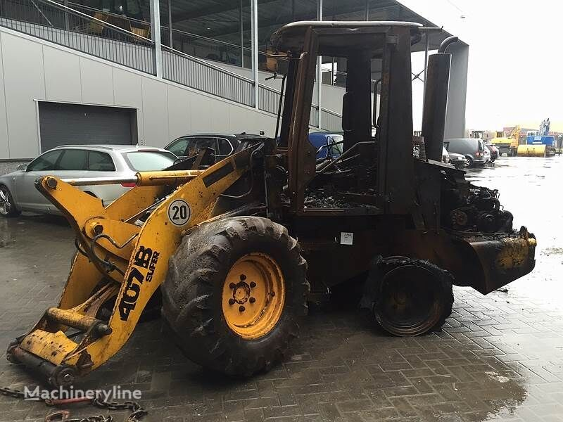 челен товарач JCB 407BZX (For Parts)