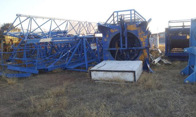 кулокран POTAIN 775 A opcion base y jaula de telescopaje