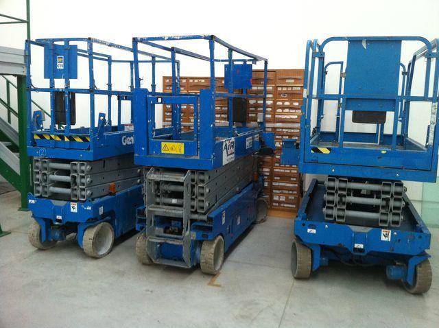 ножична работна платформа GENIE GS1932-2032-2632-2646-3246