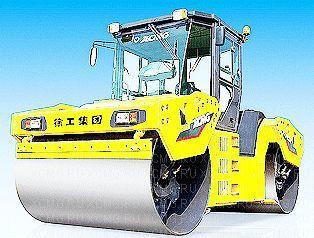 нов пътен валяк XCMG XD132