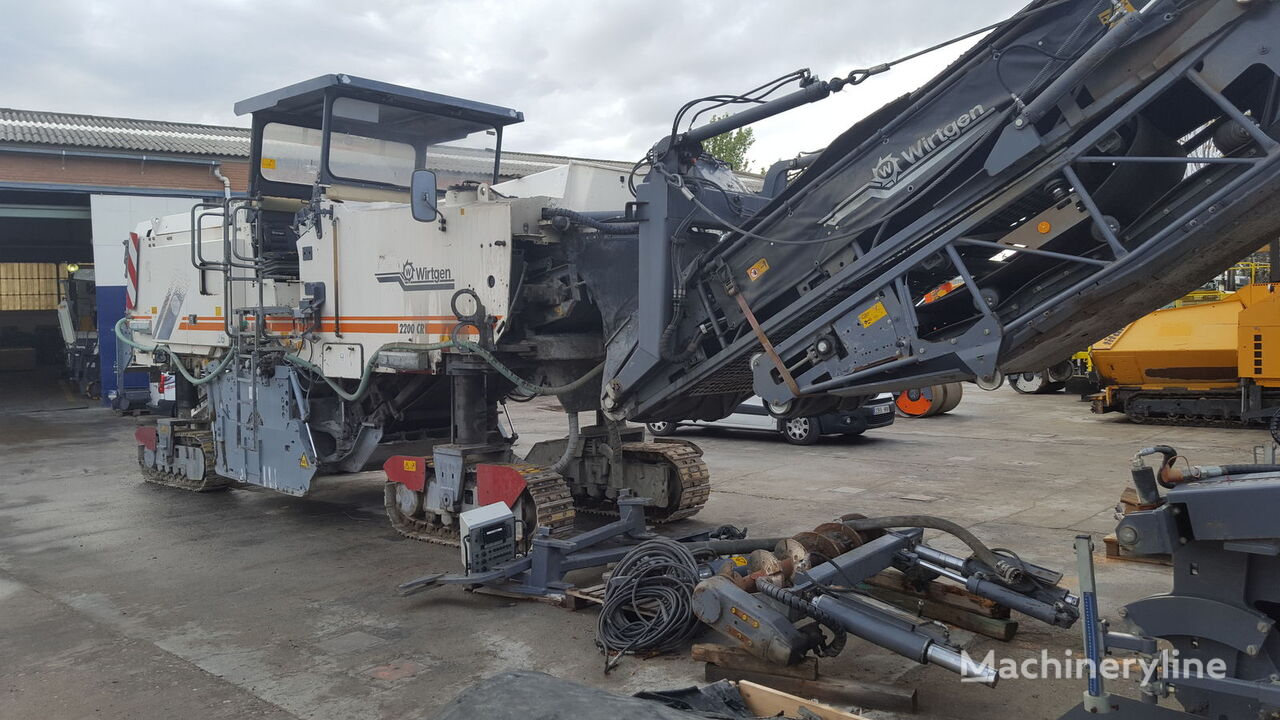 рециклираща машина WIRTGEN W2200 CR