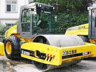 нов валяк за почва XCMG XS162