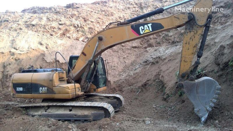 верижен багер CATERPILLAR 320D 320DL