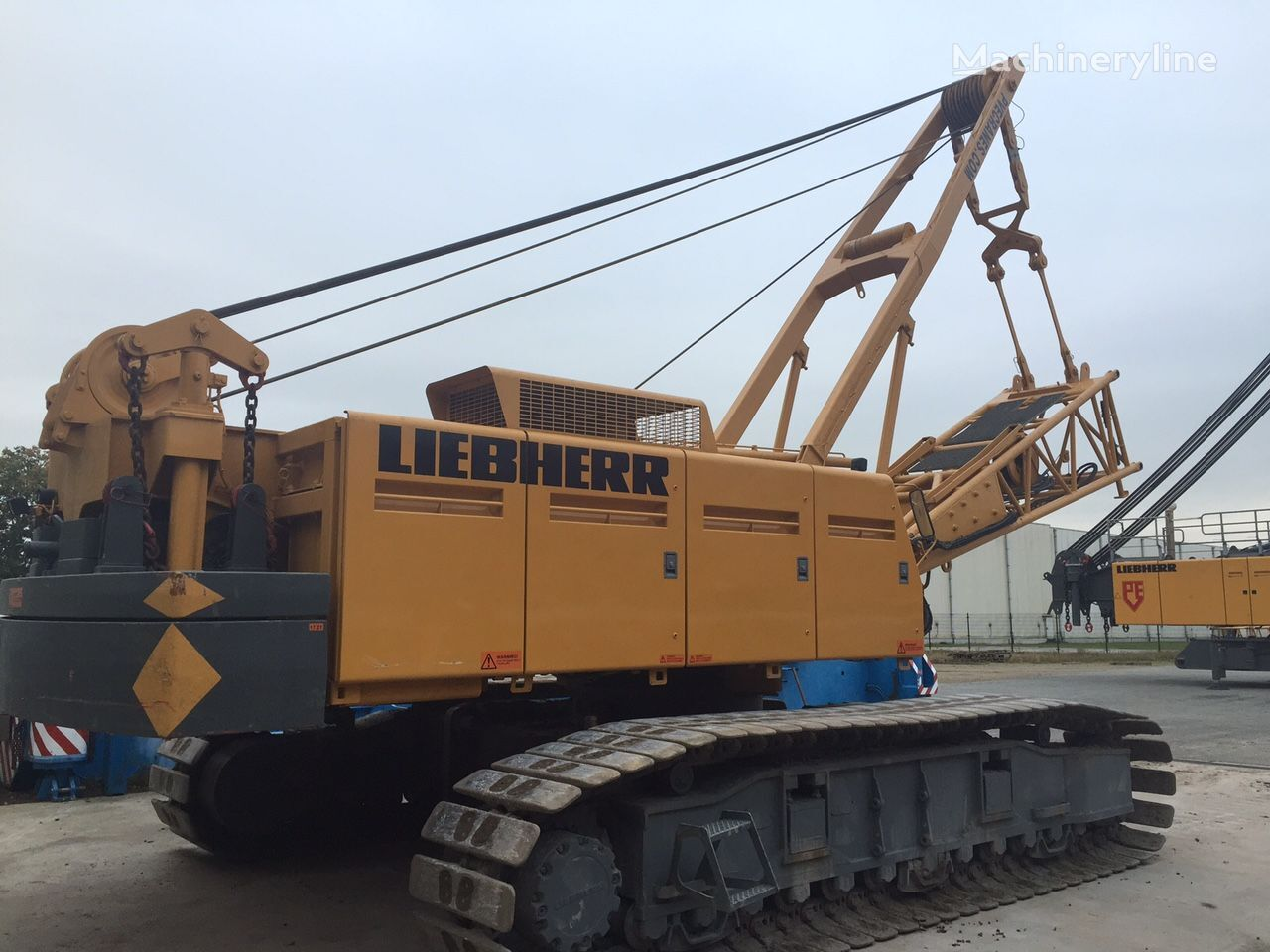 верижен кран LIEBHERR LR1100