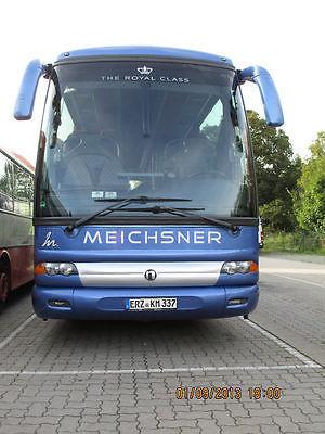 туристически автобус IVECO NUR ERSATZTEIL !!!! FRONTSCHEIBE beheizt